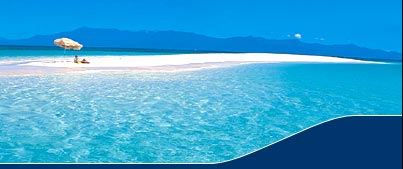 Townsville Luxury Yacht Charters - Sailing a Charter Boat